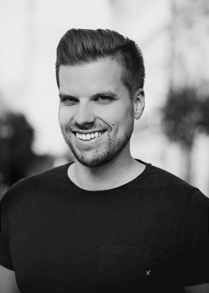 Portrait DJ John Taylor